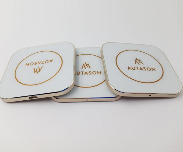 正方形金属无线充电器可定制logo